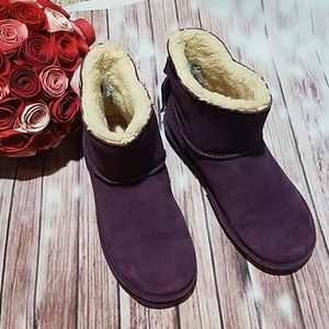 BearPaw Purple Boots with back tassels